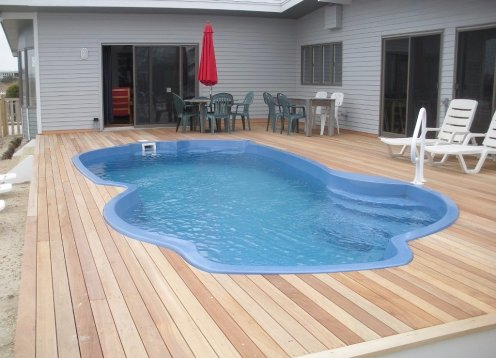 Waterfront-H'cap and Pet Friendly-Sleeps 12-htd pool- By Owner