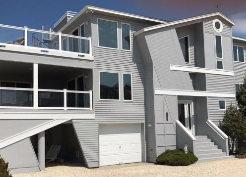Newly Renovated Bay Front! Recently Reduced Rates Plus $500 Off