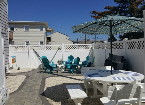 Summer Escape condo with Private Yard & Shower! - Beach Haven, LBI