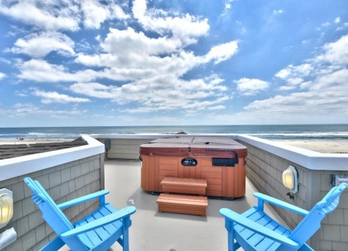- Large Beautiful Oceanfront Gem