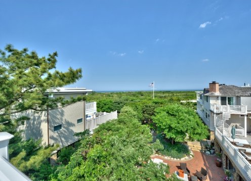 OCEAN VIEWS, 800 Sq Ft ROOF DECK, HOT TUB, SEP 2 -9 IS AVAILABLE 2,850