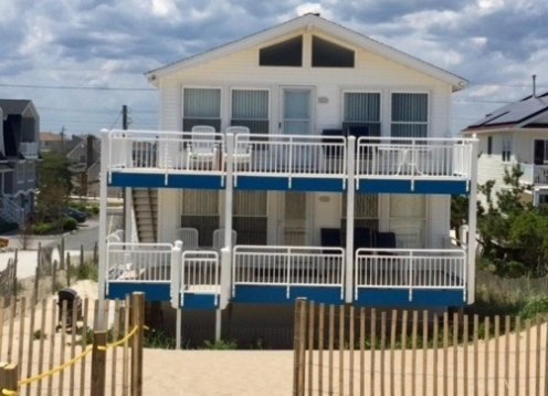 Ocean Front Duplex North Beach one house on property, 2nd Flr, LBI
