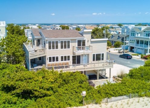 Oceanfront! Nearly 100ft of Oceanfront living. Views Galore!