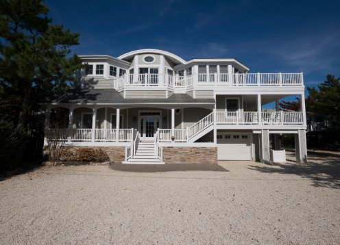 Luxury Home-One Off the Ocean In Desirable Harvey Cedars