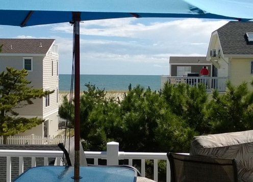 5BR Beach Haven Rental on  ocean block.