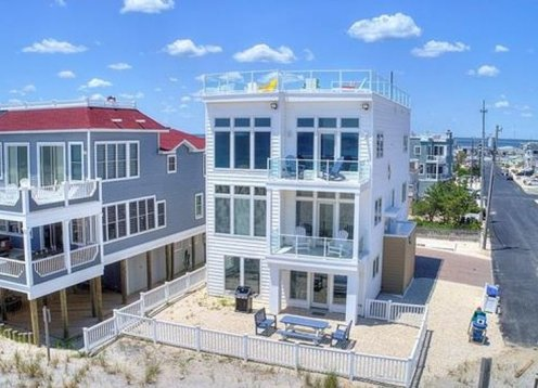 New and Beautiful Oceanfront Home