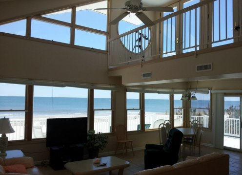 ONE Of A KIND OCEANFRONT !!!
