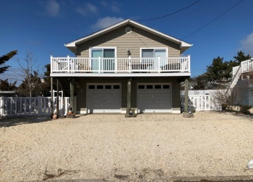Beach block, Single family home in Ship Bottom