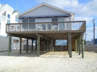 Beautiful 3 Bedroom 2 bath home in the Heart of Beach Haven