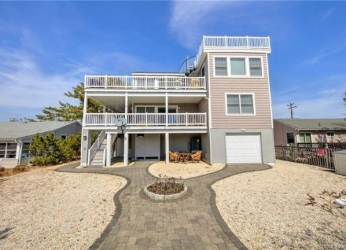 Excellent Value, Lagoon Front, Boaters Paradise