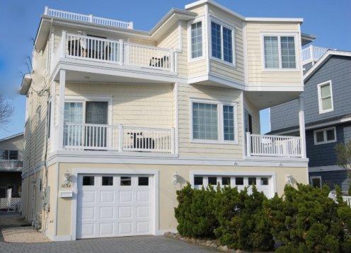 N. Beach Haven Townhouse - Oceanside, sleeps 8, NO EXTRA FEES