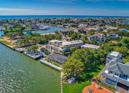 Private Bayfront Estate with Guest House and Heated Pool AVAIL 74