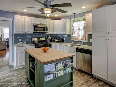 Totally Renovated - Walk To Everything - Bring Your Family