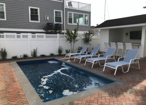 New Heated Pool - Beautiful, Spacious, Updated Oasis Overlooking Bay