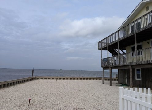 Bayfront, 3bedrooms per unit Family Friendly with spectacular views