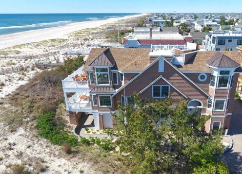 NEW OCEANFRONT LISTING 5 BEDROOM NEWLY REMODELED