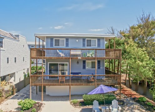 Newly Updated, Beach Block in Barnegat Light